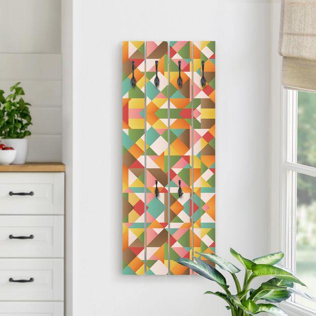 Wandgarderobe Holz - Dreiecke Musterdesign