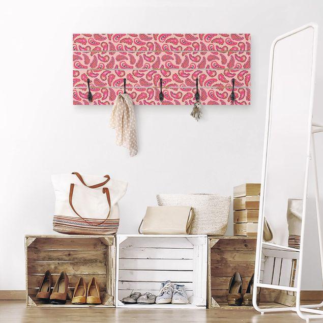 Wandgarderobe Holz - Fröhliches Paisley Design
