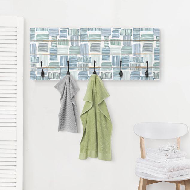 Wandgarderobe Holz - Streifen im Kasten in Pastell Farben