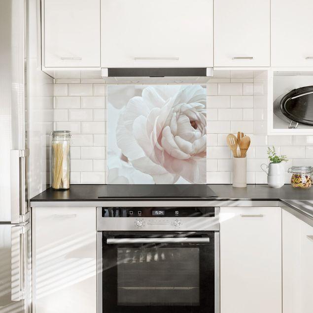 Spritzschutz Glas - Weiße Blüte im Blütenmeer - Quadrat 1:1