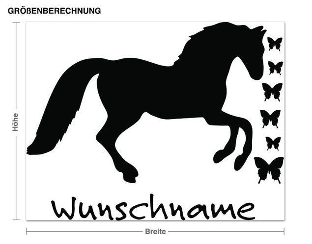Wunschtext-Wandtattoo Pferd mit Schmetterlingen